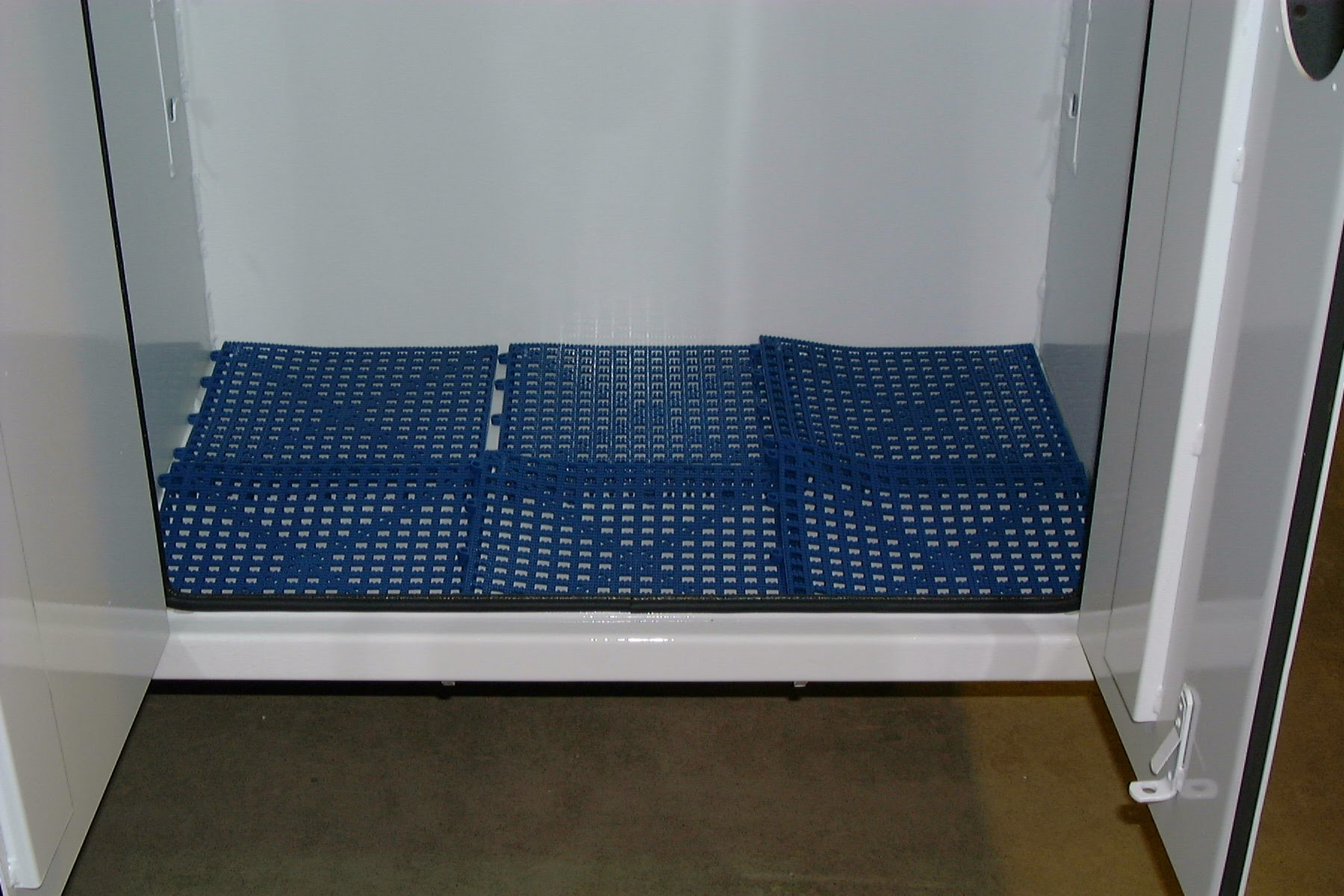 Mechanic Truck Compartment DriDeck Floor Systems